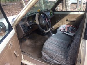 86 Mazda B2000 Interor from Drivers side