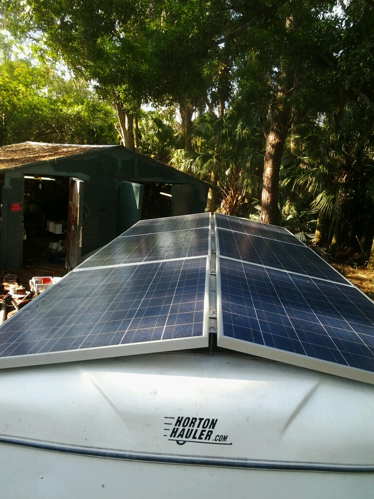 Solar panels on roof to provide energy for battery storage IN trailer